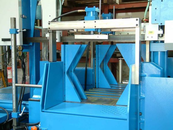 Hex Pack Cutting Bandsaw 3